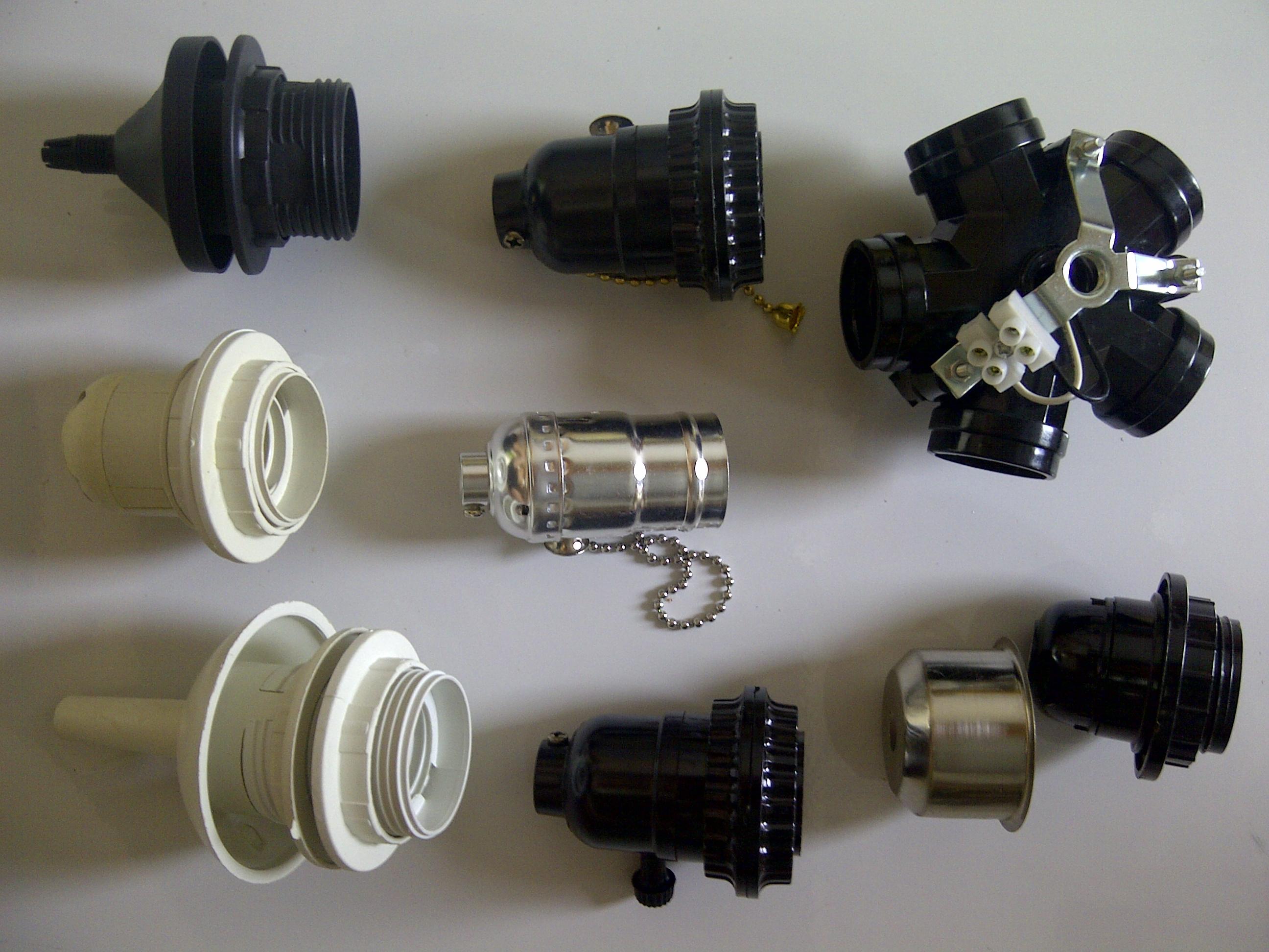 Cần tìm đối tác cung cấp phụ kiện đèn trang trí